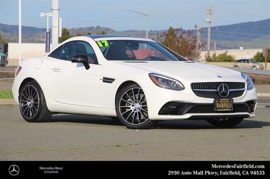 Certified Pre-Owned 2017 Mercedes-Benz SLC 300